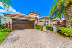 9661  Via Elegante   For Sale 10654286, FL