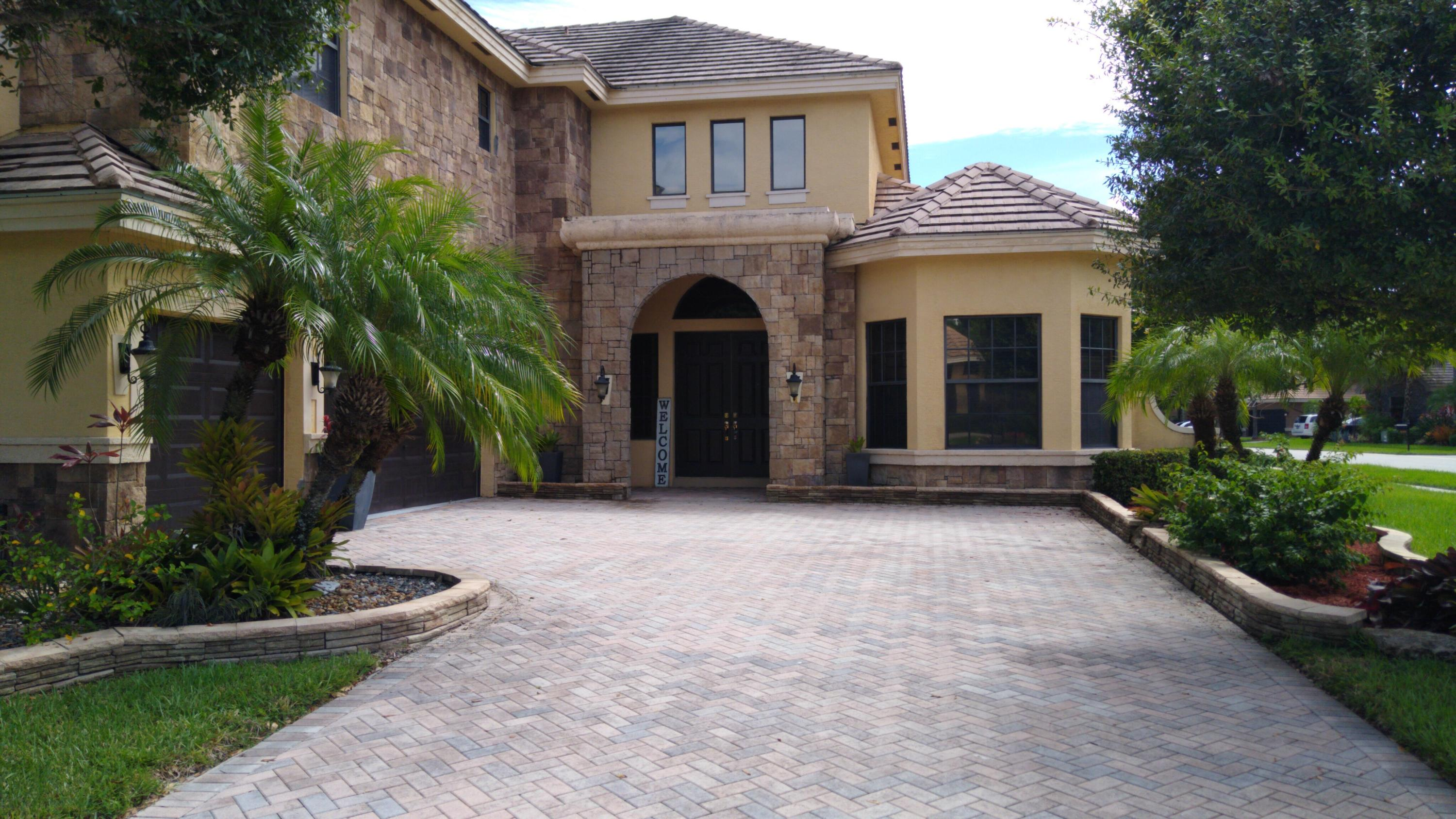 3618 Royalle Terrace Wellington, FL 33449