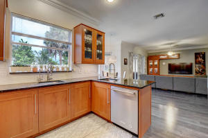 10779  Lake Wynds Court  For Sale 10654676, FL