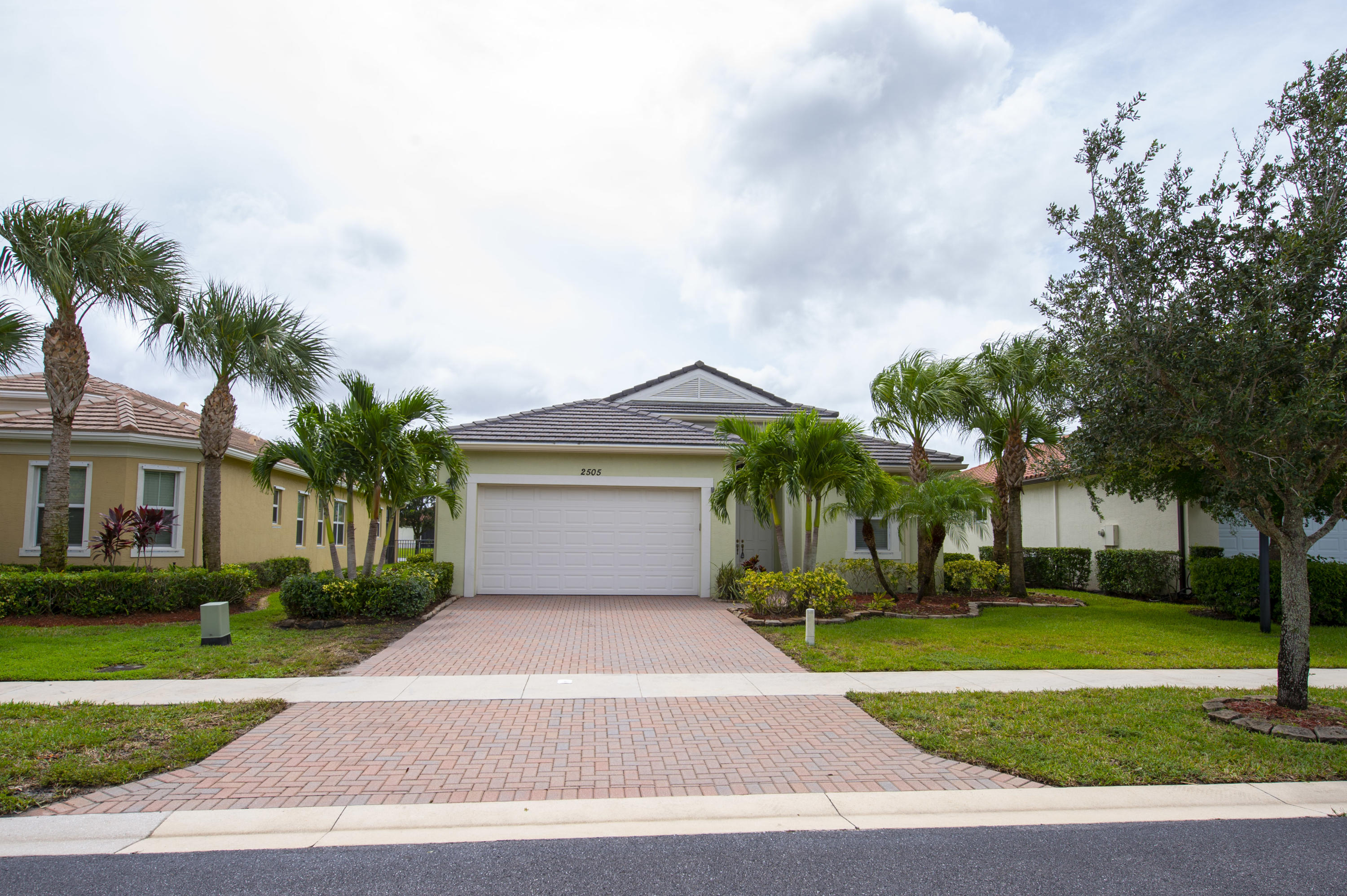 2505 Vicara Court  Royal Palm Beach FL 33411