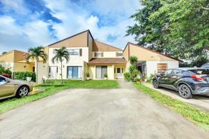 1453  White Pine Drive  For Sale 10654424, FL