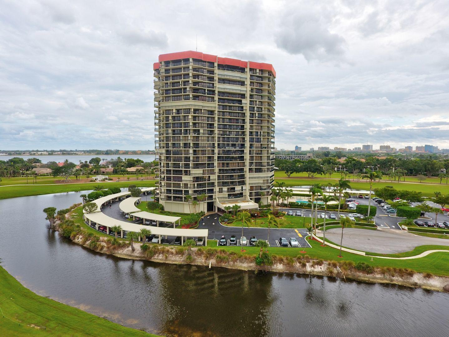 1900 Consulate Place 803 West Palm Beach, FL 33401