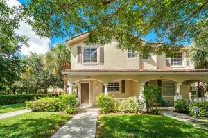 4611  Highgate Drive B For Sale 10654810, FL