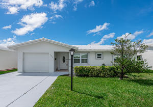 2386 SW 13th Avenue  For Sale 10654840, FL