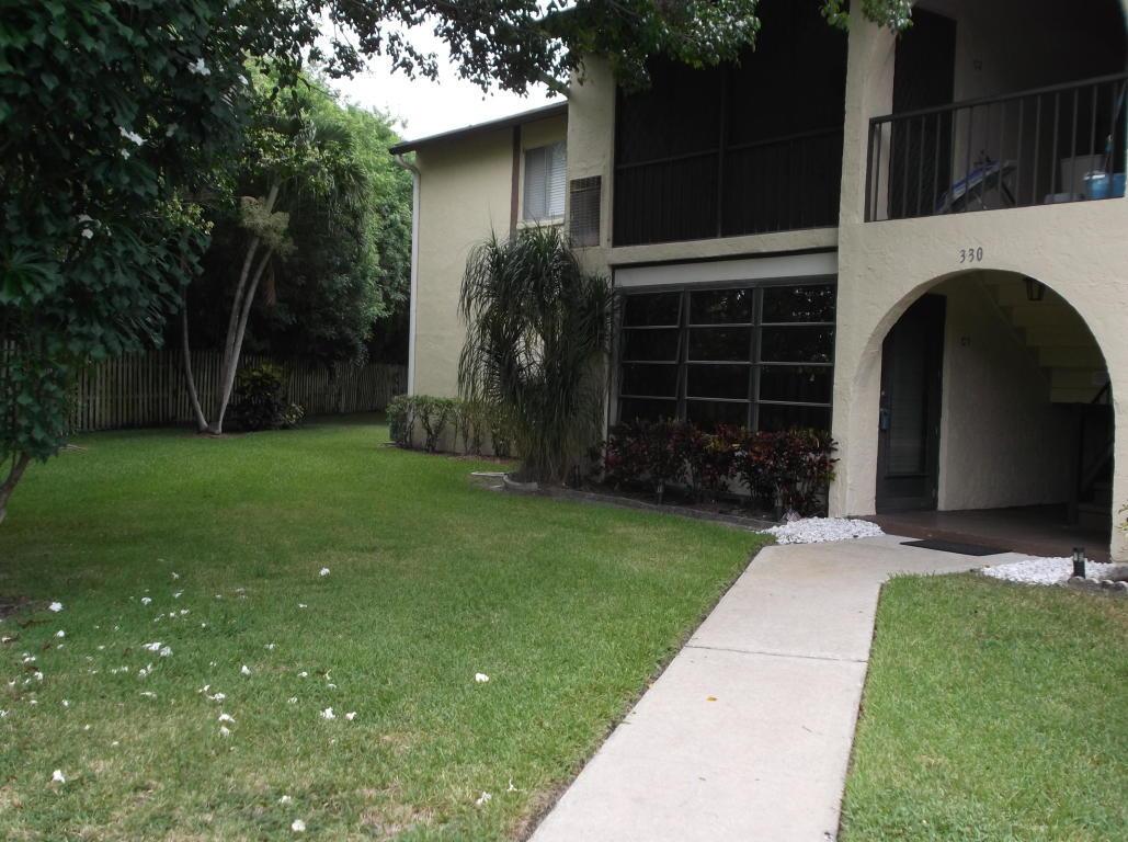 Home for sale in Pine Ridge III Condo Greenacres Florida