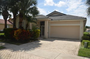 9073  Bay Point Circle  For Sale 10653501, FL