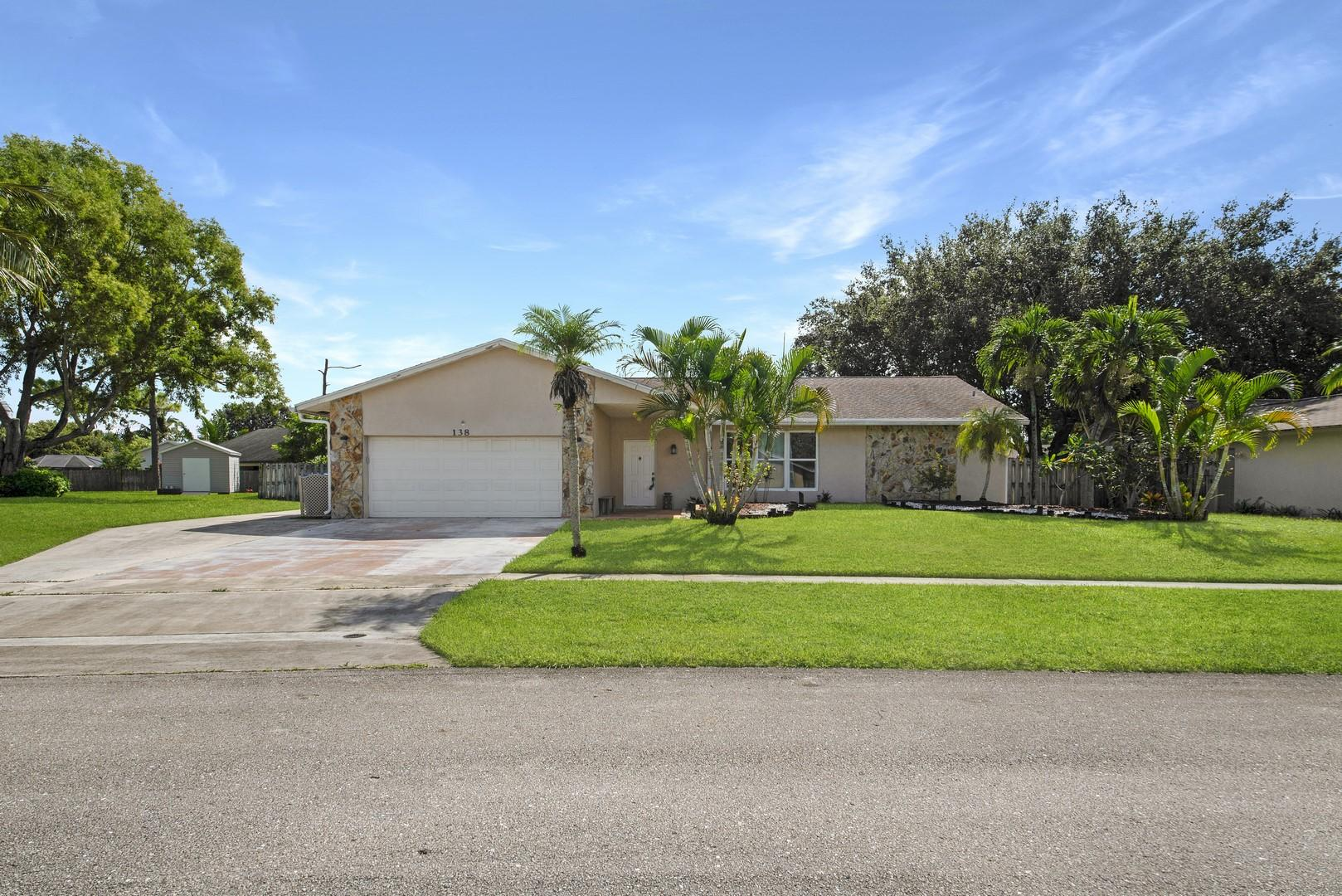 138 Santa Monica Avenue Royal Palm Beach, FL 33411 photo 38