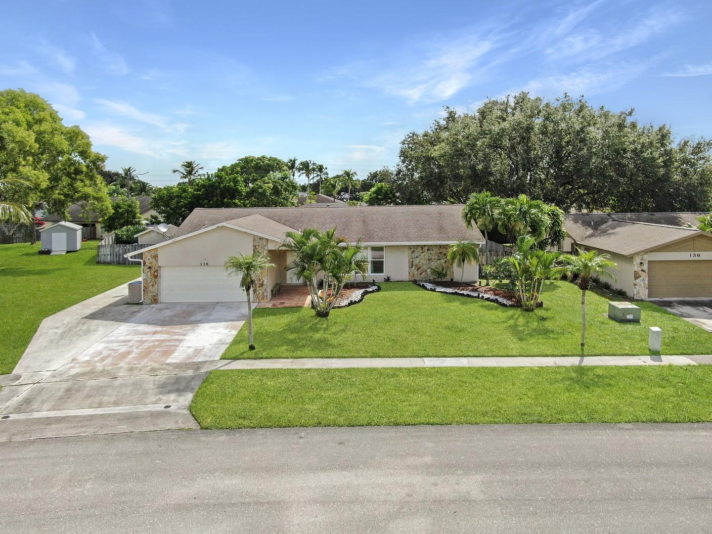 138 Santa Monica Avenue Royal Palm Beach, FL 33411 photo 37