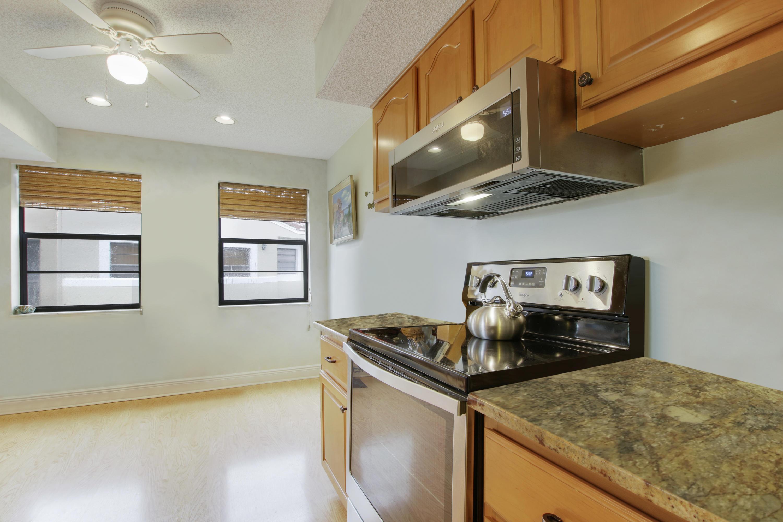 6630 Villa Sonrisa Drive 720 Boca Raton, FL 33433 photo 9