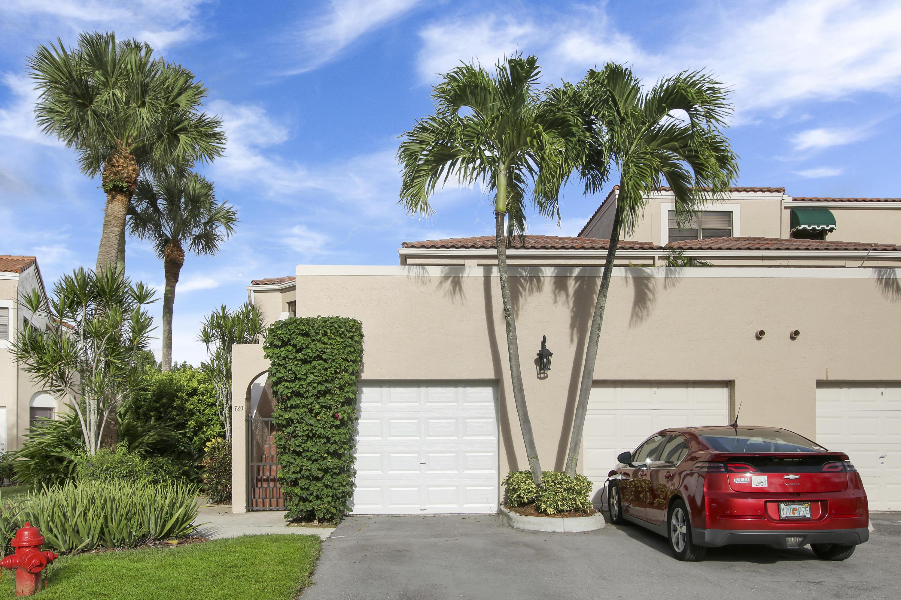 6630 Villa Sonrisa Drive 720 Boca Raton, FL 33433 photo 2