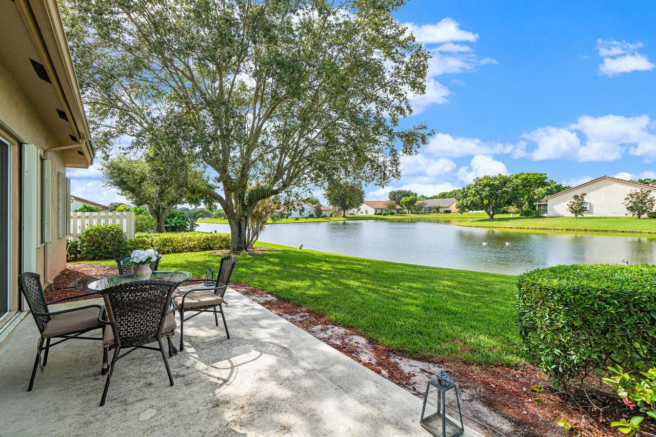8361 Winter Springs Lane Lake Worth, FL 33467 photo 19