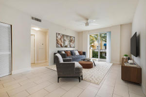 255 NE 3 Avenue 2304 For Sale 10655400, FL