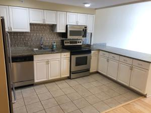 101 N Clematis Street 306 For Sale 10630711, FL