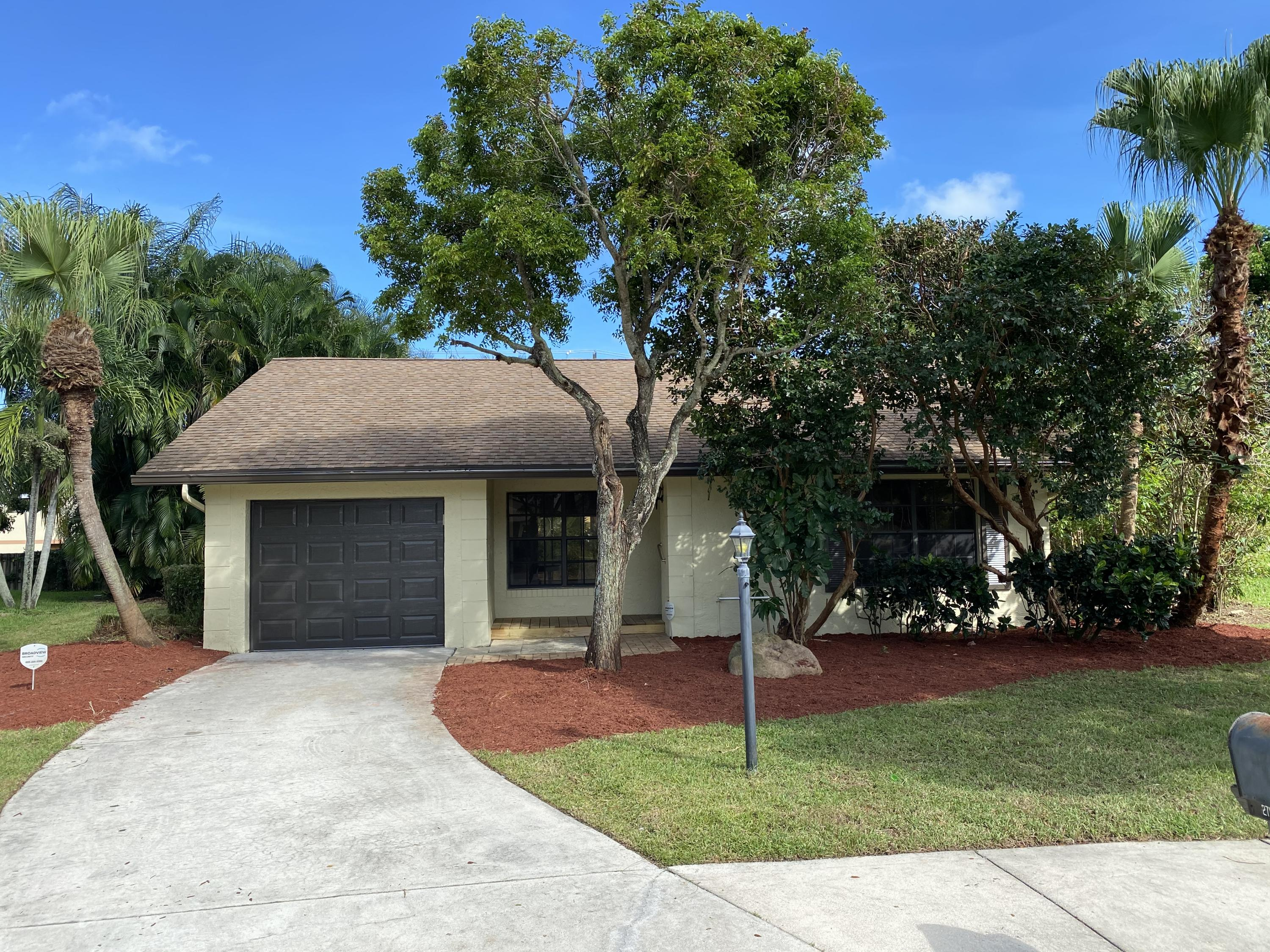 Home for sale in CROSSWINDS PH II Delray Beach Florida