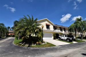 5239  Sapphire Valley   For Sale 10656222, FL