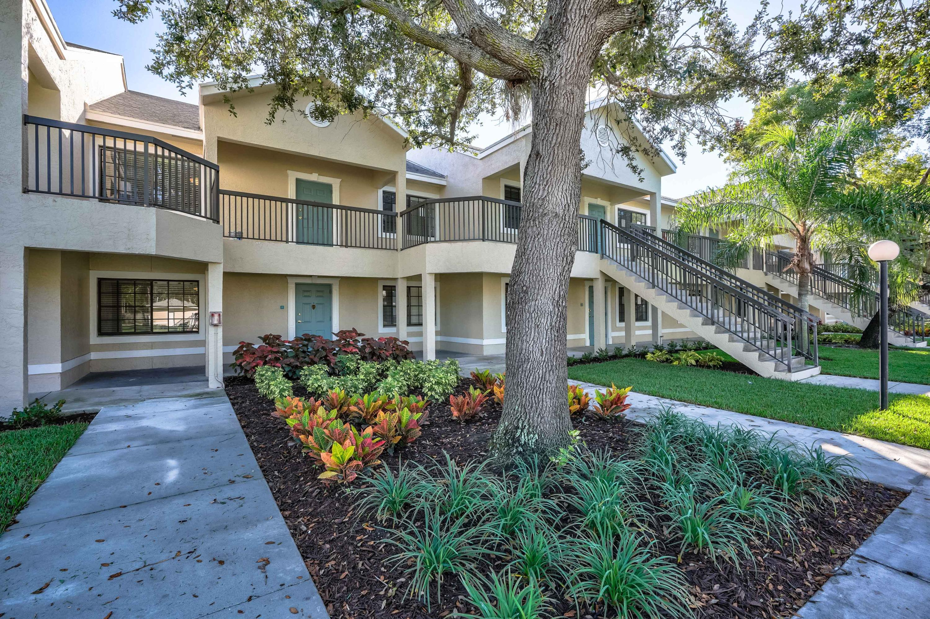 4685 Haverhill Road, West Palm Beach, Florida 33417, 2 Bedrooms Bedrooms, ,2 BathroomsBathrooms,Residential,for Rent,Maridadi Apartments --- (Modern Model),Haverhill,RX-10655678, , , ,for Rent