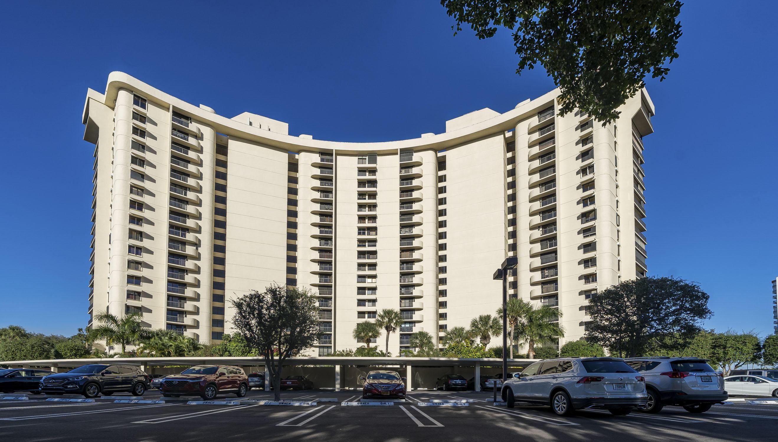 2480 Presidential Way 803 West Palm Beach, FL 33401 photo 27