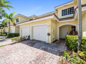 749  Imperial Lake Road  For Sale 10655795, FL