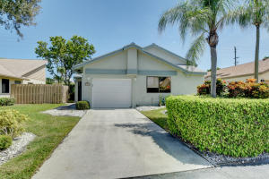 1395 NW 23rd Lane  For Sale 10655872, FL