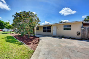 951  Belmont Drive  For Sale 10655845, FL