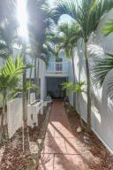 105  Fairway Lane  For Sale 10655860, FL