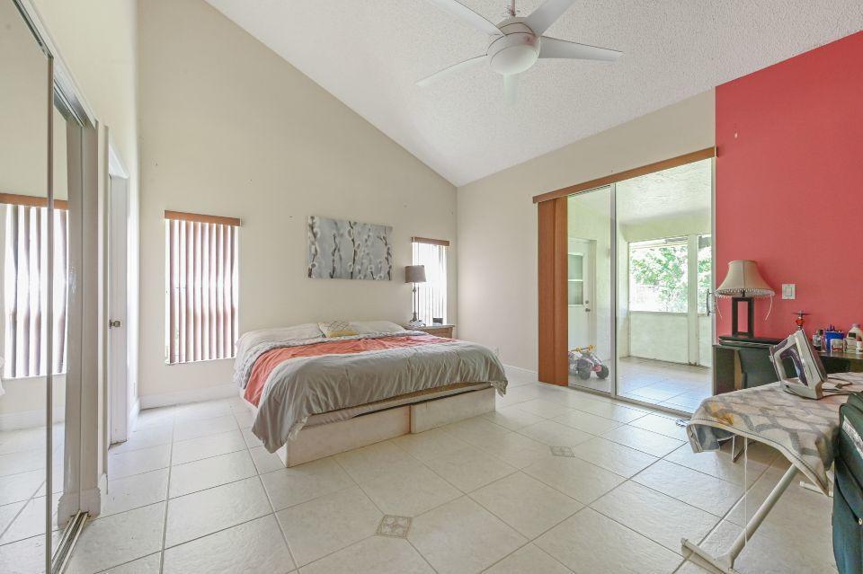 8623 Cypress Springs Road Lake Worth, FL 33467 photo 12