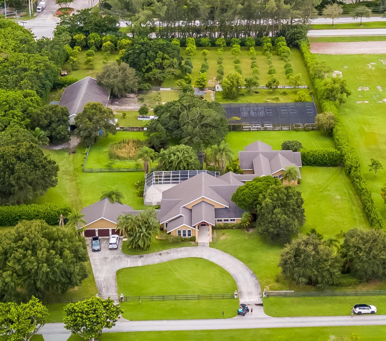 8540 Surrey Lane  Boca Raton, FL 33496
