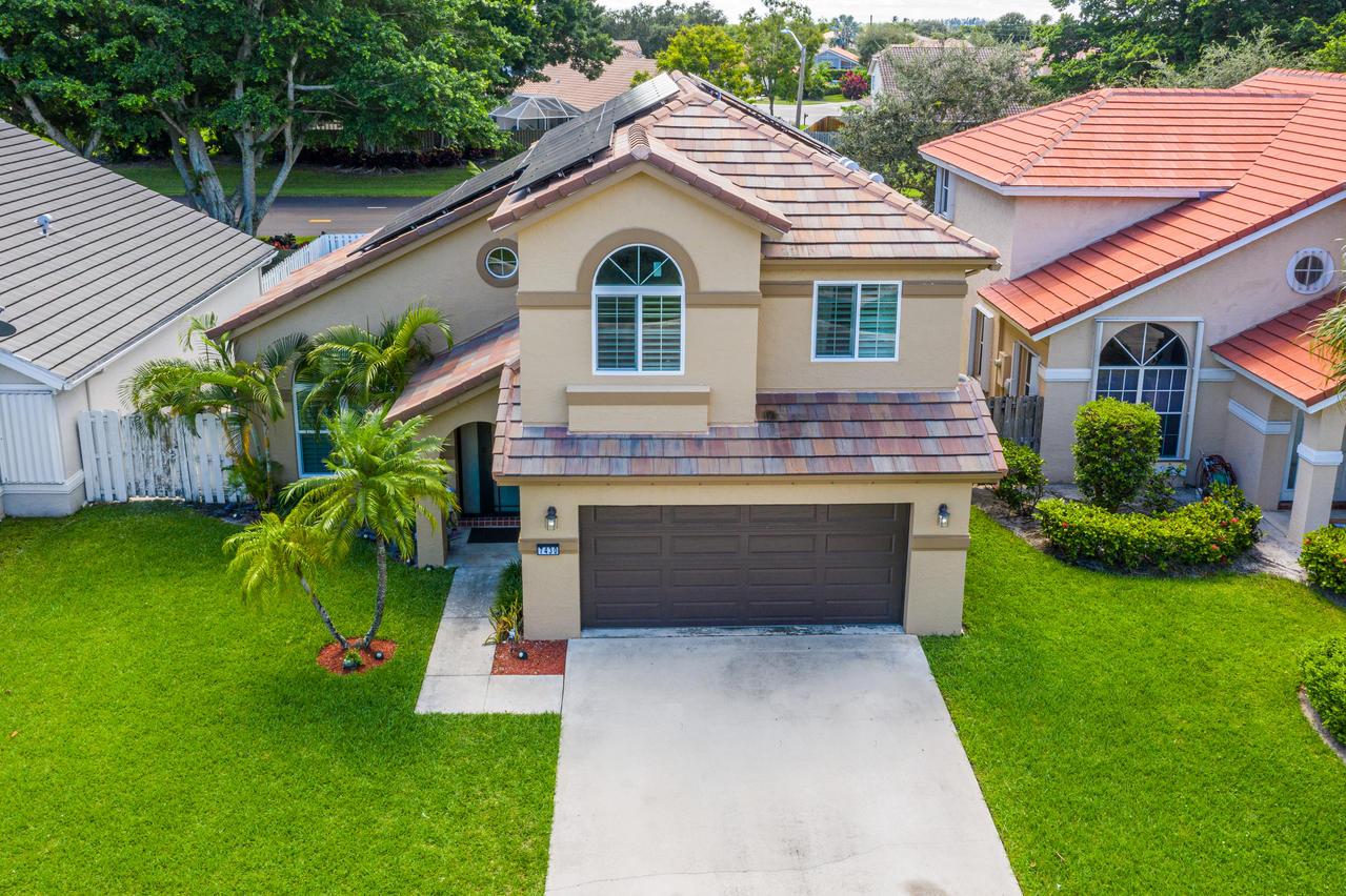 Home for sale in LAKE CHARLESTON 1 PAR C Lake Worth Florida