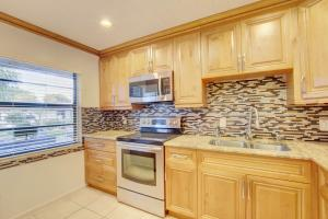 9193  Pecky Cypress Lane 6h For Sale 10656695, FL