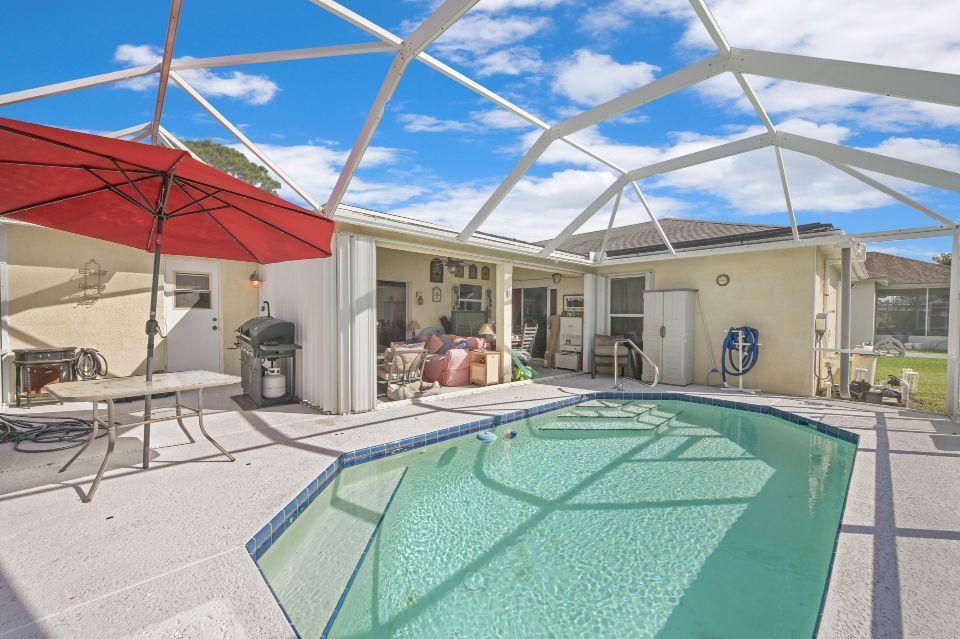 768 SW Arkansas Terrace Port Saint Lucie, FL 34953 photo 2