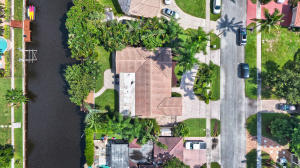 773 SW 2nd Street  For Sale 10656441, FL