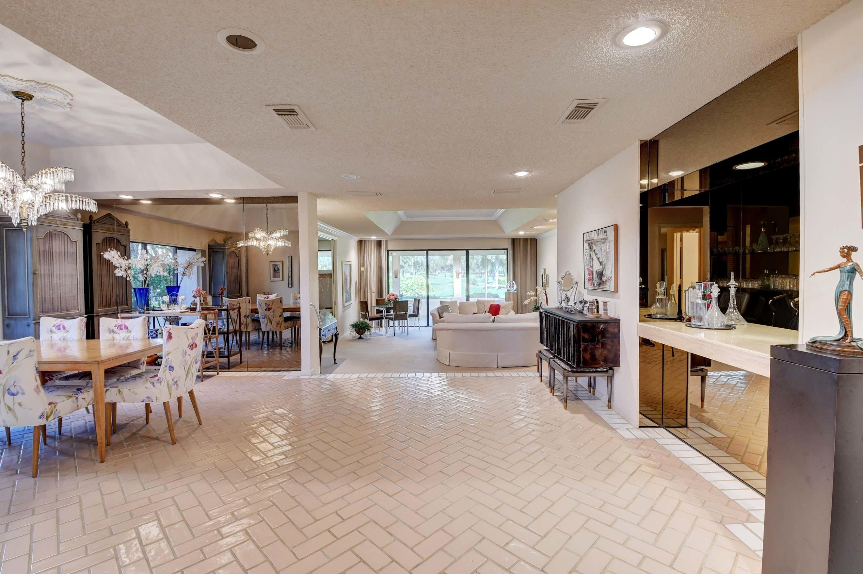 6 Estate Drive Boynton Beach, FL 33436