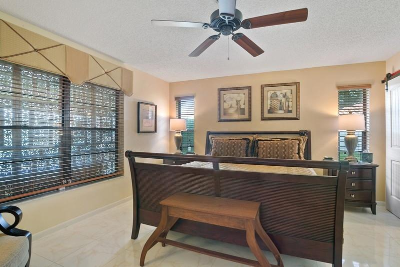 10911 Dolphin Palm Court B Boynton Beach, FL 33437 small photo 10