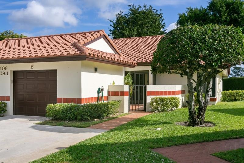 10911 Dolphin Palm Court B Boynton Beach, FL 33437 photo 17