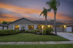 2534  Maniki Drive  For Sale 10656643, FL