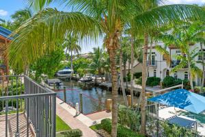 816  Virginia Garden Drive  For Sale 10656385, FL