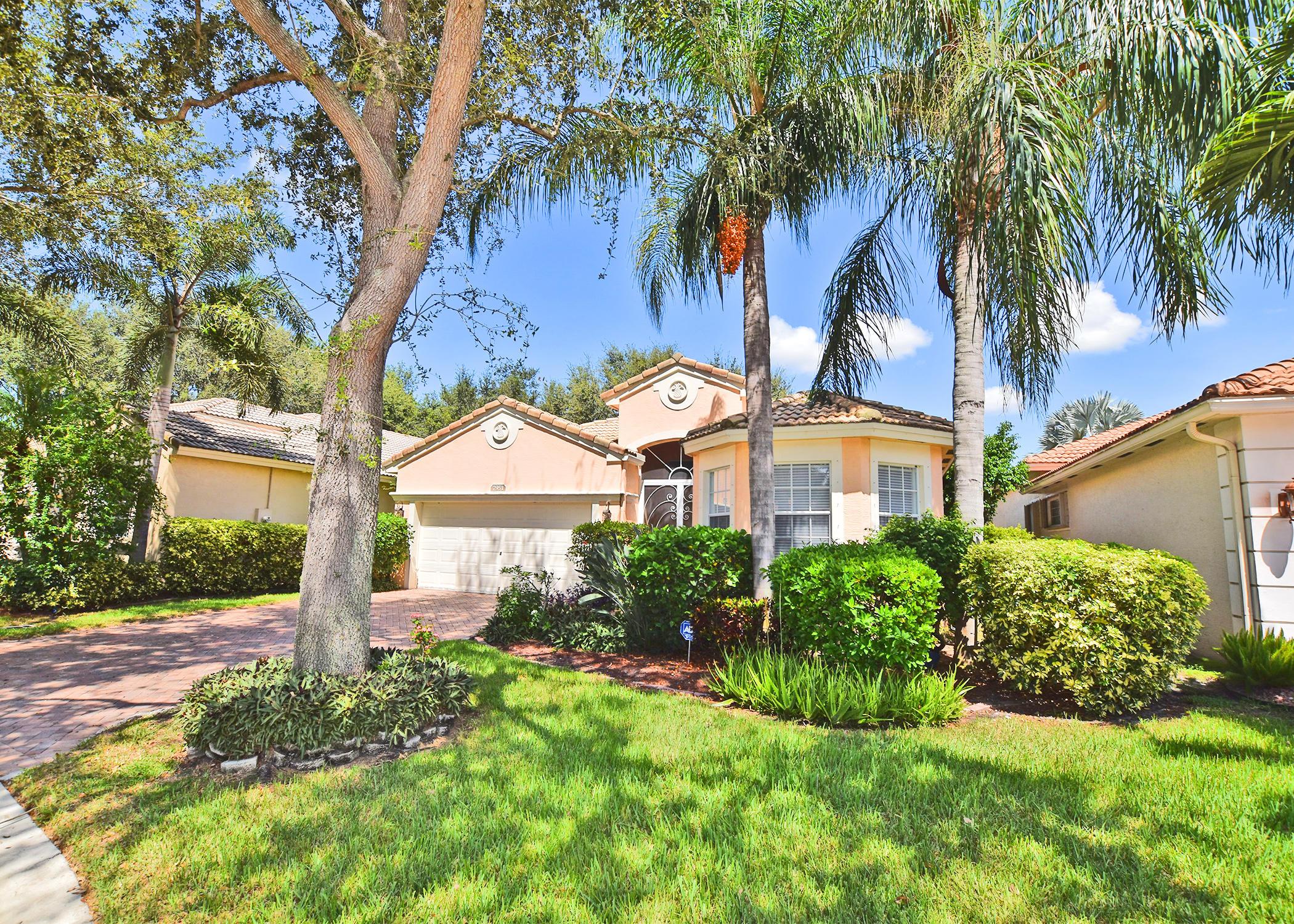 7951 New Holland Way  Boynton Beach, FL 33437