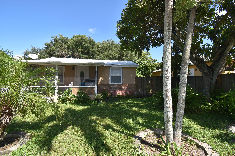 128 Sunbeam Avenue West Palm Beach, FL 33413