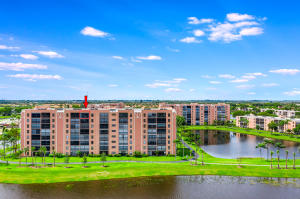 7260  Kinghurst Drive Ph5 For Sale 10656785, FL