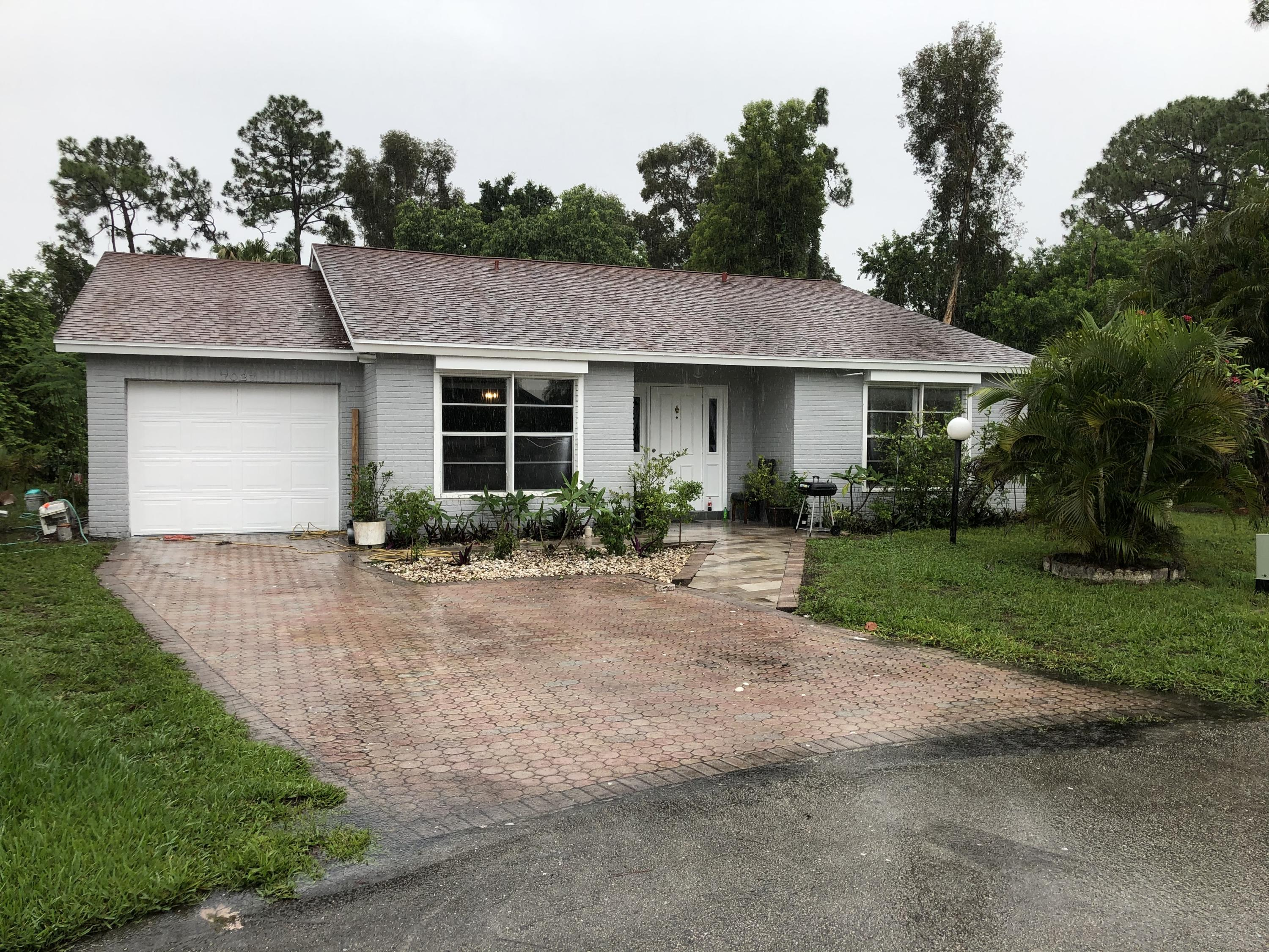 7027 Pine Manor Drive Lake Worth, FL 33467