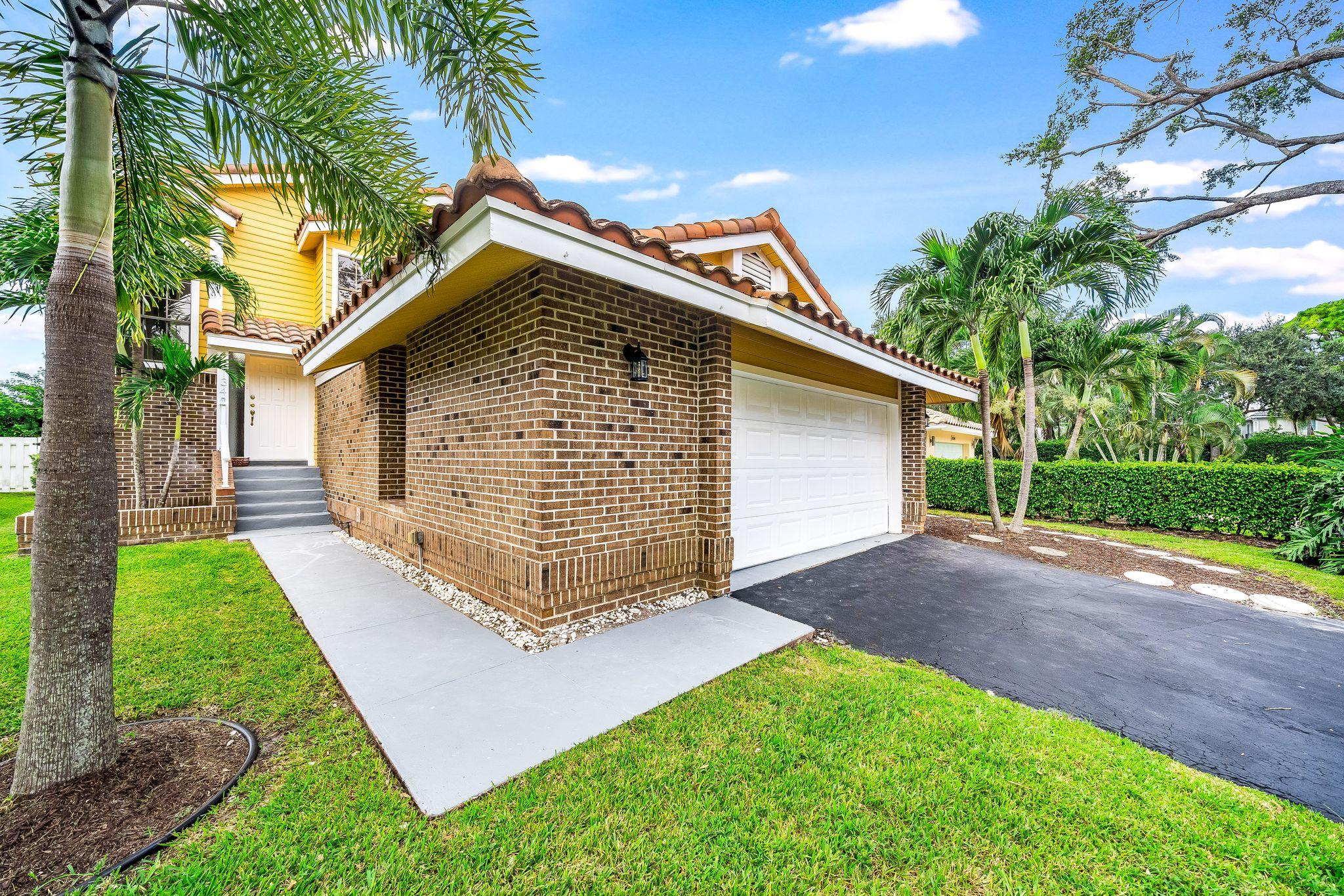 Home for sale in Hanover Square Delray Beach Florida