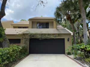 760  St Albans Drive  For Sale 10656859, FL