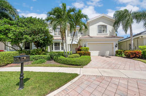 4133 NW Briarcliff Circle  For Sale 10657163, FL