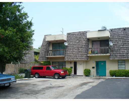 Home for sale in Woodbrooke Condo 01 & 02 Delray Beach Florida
