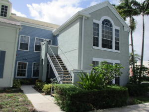 1275  Crystal Way P For Sale 10657729, FL