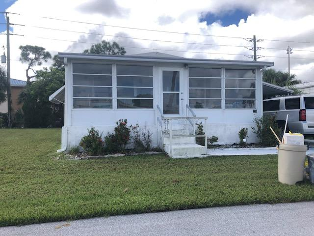 206 SE Trafalgar Terrace Stuart, FL 34994