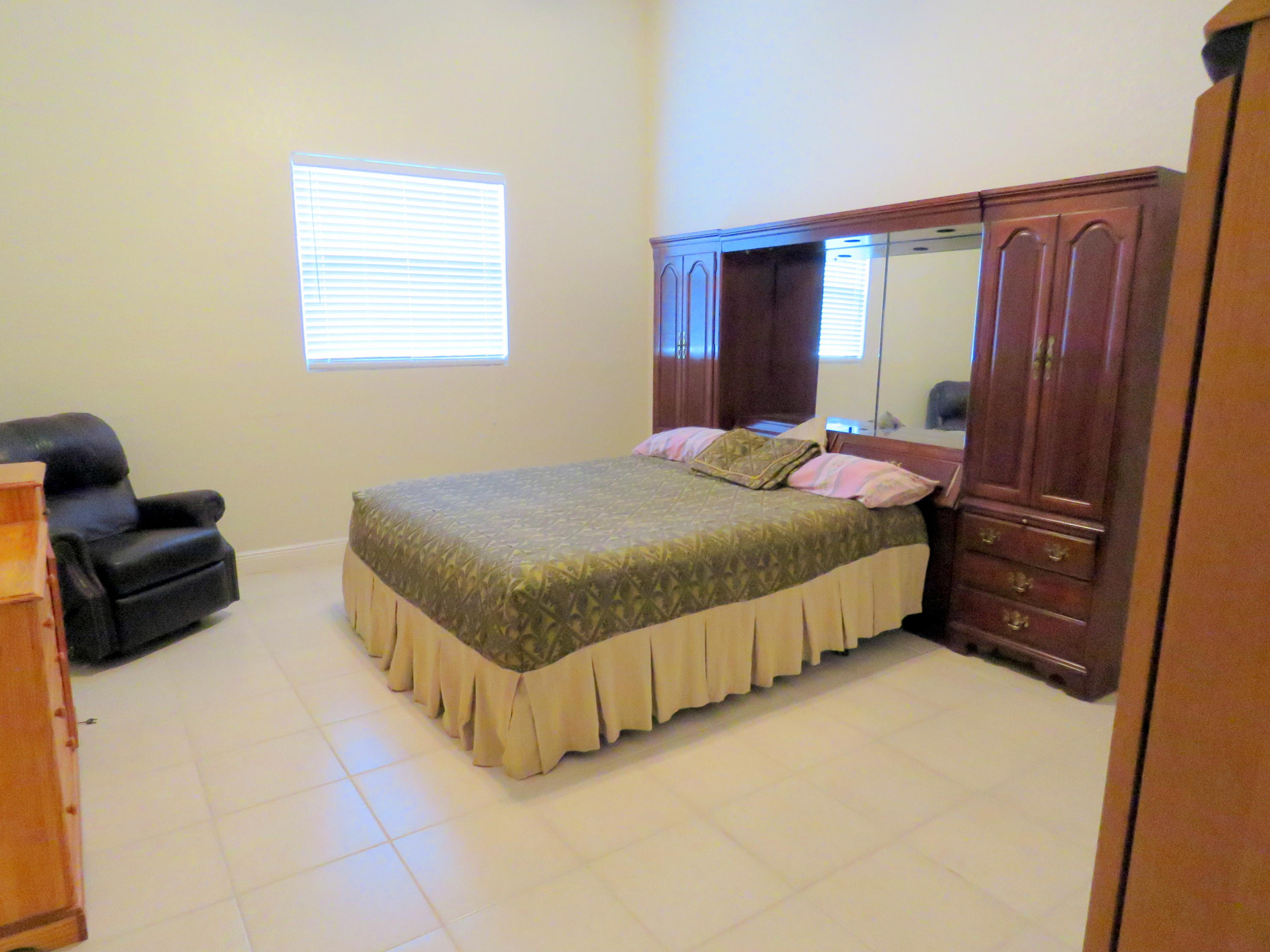 GROOMS QTRS BEDROOM TWO