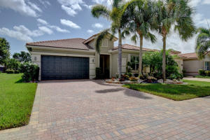 9841  Isles Cay Drive  For Sale 10657376, FL