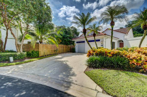 21690  Cromwell Circle  For Sale 10657695, FL