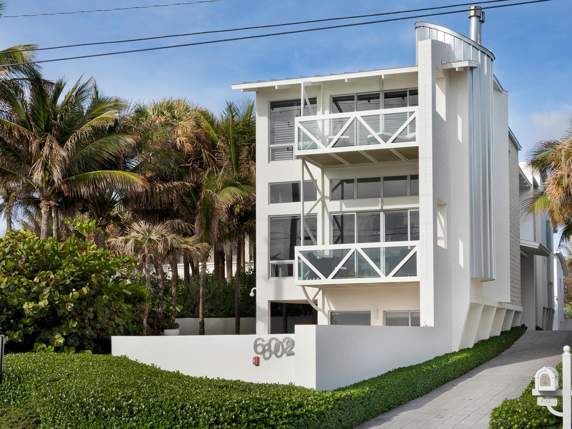 602 N Ocean Boulevard Delray Beach, FL 33483 photo 2